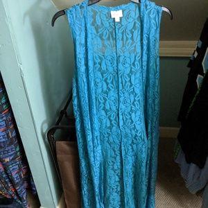 Large turquoise lace joy